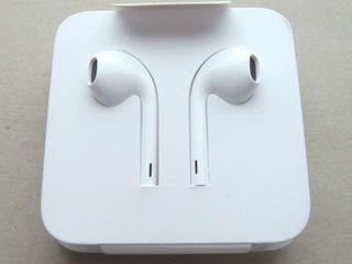 Наушники Apple Earpods с Lightning Оригинал от IPhone 7 Lightning!