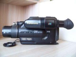 Видеокамера VHS-C Panasonic NV-VZ10 - отличное состояние