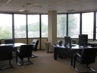 С. Лазо 40. Офис в бизнес-центре, 3 500 € / месяц