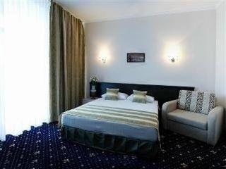 Сдается квартира в центре по часовую 60 lei  ,посуточно 399 lei, мягкая мебель, двухспальная