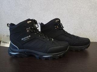 Bona ботинки с мехом. Новые ! 43-44 размер.