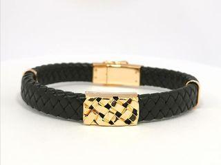 Изделия из золота и серебра с каучуком, натуральной кожей и шелковым шнурком