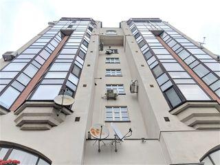 Отличная квартира в центре ул.пушкина 3 комнаты