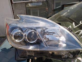 Фара правая Toyota Prius ZVW35 PHV Оригинал , LED 47-49