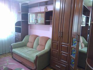 Se vinde apartament cu 5 odai, sectorul Centru, 113 mp!