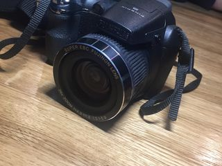 FUJIFILM S 3300