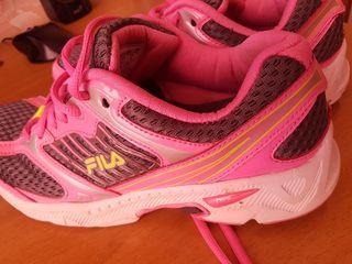 Кроссовки ,,Nike Air'',,Skechers'',,Fila''. недорого.Adidasi ieftini.Adusi din Anglia.
