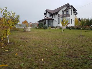 casa în zonă rezidențială în partea noua Gratiesti,