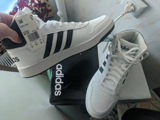 Adidas, Кроссовки баскетбольные (11.05 US)