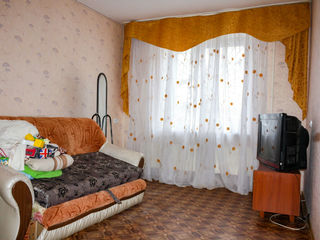 Предлагается 2-комнатная квартира 1/10 на 28 Июня 18500$