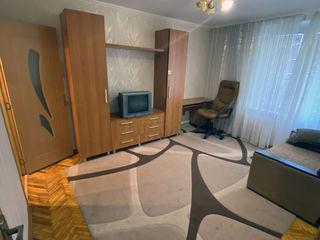 Apartament 2 odai, Buiucani, strada Eugen Coca, linga Dendrariu, prima linie.