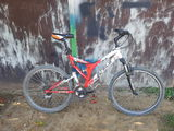 Велосипед отрегулирован,смазан.Оборудование Shimano acera.