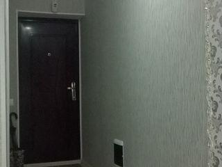 Orhei centru centru apartament cu 3 camere euroreparatie