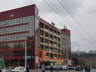 Chirie, oficiu, 103 mp, Prima linie, str. Alecu Russo, Râşcani, 1030 €