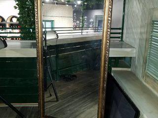 Продам зеркало размер 1.8м x 0.8м рама богет золото