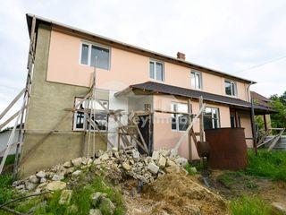 Duplex în 3 nivele, 150 mp, versiune albă, Buiucani, 55000 €!
