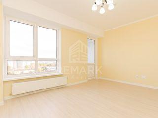 Vanzare  Apartament cu 3 camere, Centru,  urgent!!! 63900 €