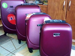 Чемоданы, сумки на колесах новые