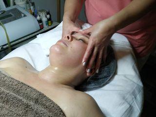Миофасцилярный массаж лица