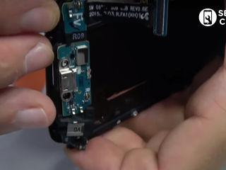 Samsung Galaxy Note 8  Nu se încarcă smartphone-ul? Înlocuiți conectorul!