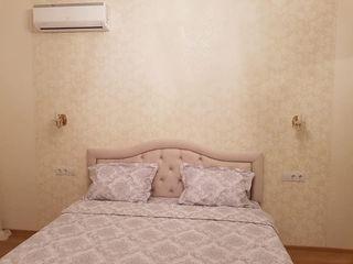 Se oferă spre chirie pe str. Lev Tolstoi, 74,  apartament cu o odaie  în bloc nou, sectorul centru.