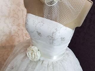 Оригинальное свадебное платье!!!