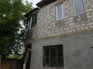 Casa cu suprafata de 190 mp, in sectorul Buiucani