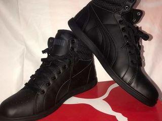 Спортивная обувь.