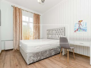 Centru, str. Bulgară, apartament cu 2 camere, 73 900 euro.