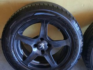 Anvelope Toyo 215/55 R16 + 4 Jante R16 4x108mm