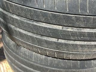 2 anvelope, Michelin, 225/55 R 16, în stare bună, ambele 500 lei