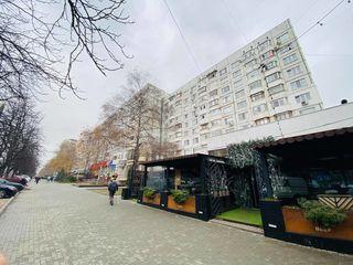 Prima Linie! Apartament în sect. Rîșcani! 3 odai, 72m2, et 7/9! Mobilat Complet! Bd. Moscova!!!