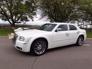Chrysler 300c..pentru nunti cumetrii...zile de naștere...