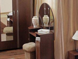 Masa de toaleta Ambianta Inter (Wenge), la un preț avantajos !!