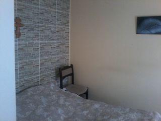 Schimb casa în or. Rezina pe apartament cu 2 odăi în Bălți+bani