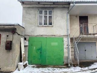 Vînd garaj, Supraf.67 mp, str.Studenților la intersecție cu str.Dimo Rișcaovca Mersedes Centru ГСК20