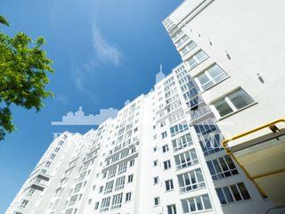 De vânzare apartament, 3 camere, la super preț de Numai 485 €/mp