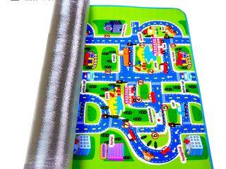 Ковер непроницаемый для детей 150 * 180 cм для игры с машинками на улице города.