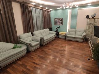 3х-комнатная меблированная квартира в элитном доме Лара Сити в центре города