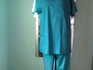 Halate medicale,costume medicale si bonete ,seturi pentru bucatari