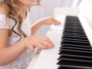 Pianuri si sintetizatoare pentru copii si adolescenci. Livrare prin toata Moldova