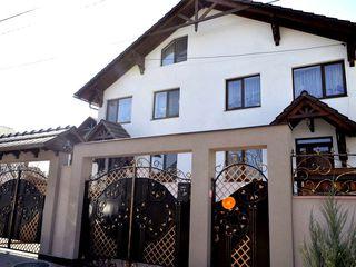 Casa Duplex la Stauceni - perfecta, cu mansarda, garaj, beci si gradina