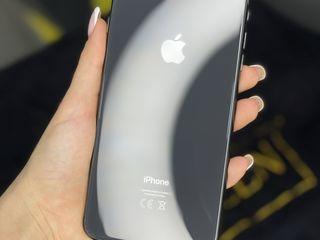 Продам Айфон 8plus