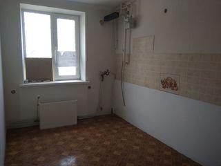 Se vinde apartament in Orasul Falesti , centru , 17000 eur
