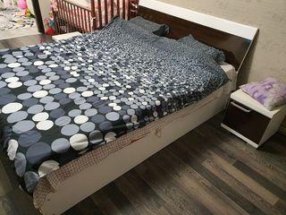 Dormitor cu noptiere