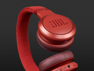 JBL LIVE 400 BT - Новая линейка, ещё круче, ещё больше баса и ещё дольше без подзарядки