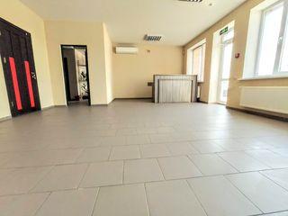 Chirie oficii sect. Riscani.  54 m2,   130 m2,   154 m2,   208 m2.