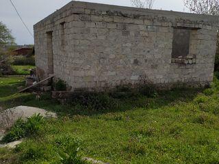 Участок 17 соток +Дом недостроенный 45 км от кишинева