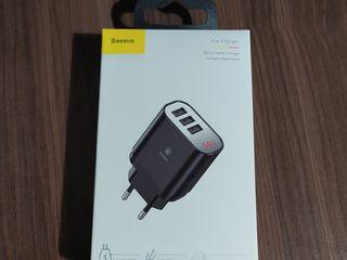 Зарядное устройство, для телефона и гаджетов, baseus, 3.4a, 3xusb, качество наилучшее, новая, доствк