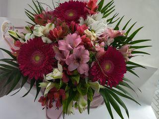 Trandafiri 20 lei, buchete de flori